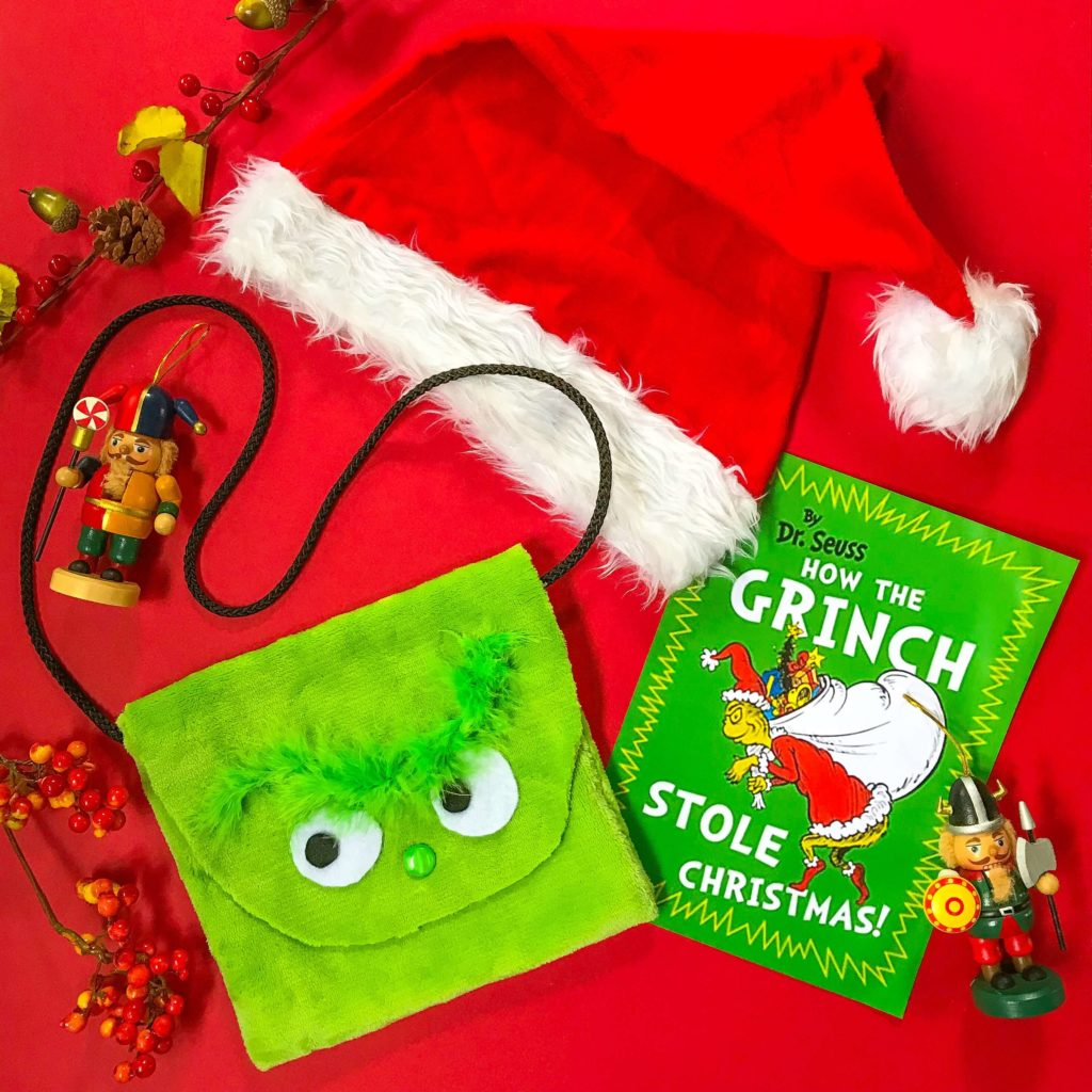 PositiveLeePeilin - The Grinch DIY Bag with Book